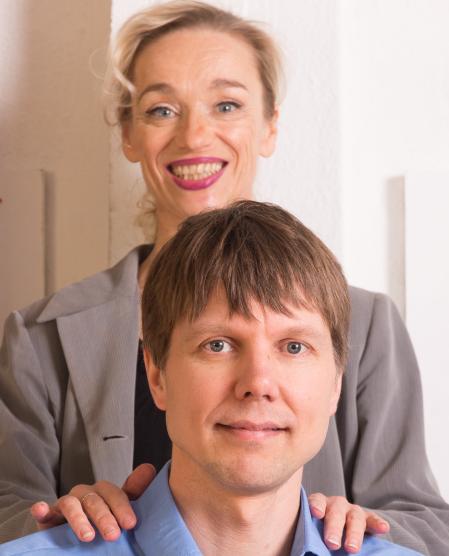 Sirpa Tapaninen ja Jyri Lamminmäki, Kevyesti Töissä